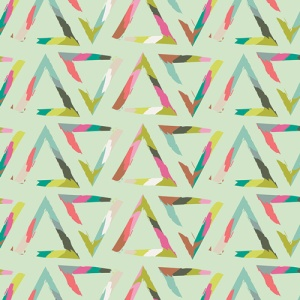 CHP-40205-Triangle-Brush-Varnish-500px